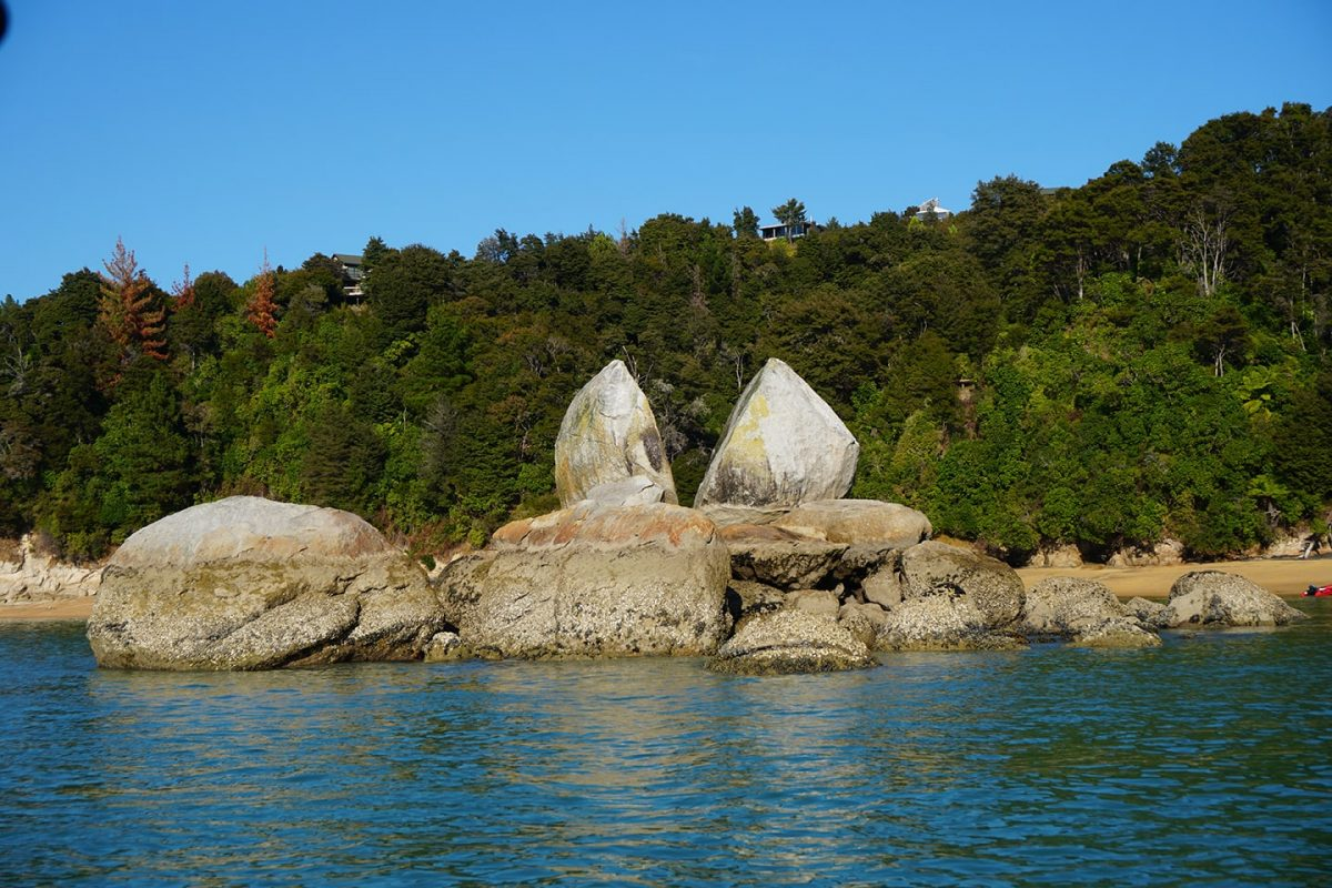 Split Apple Rock - Abel Tasman National Park - boottochten en watertaxi