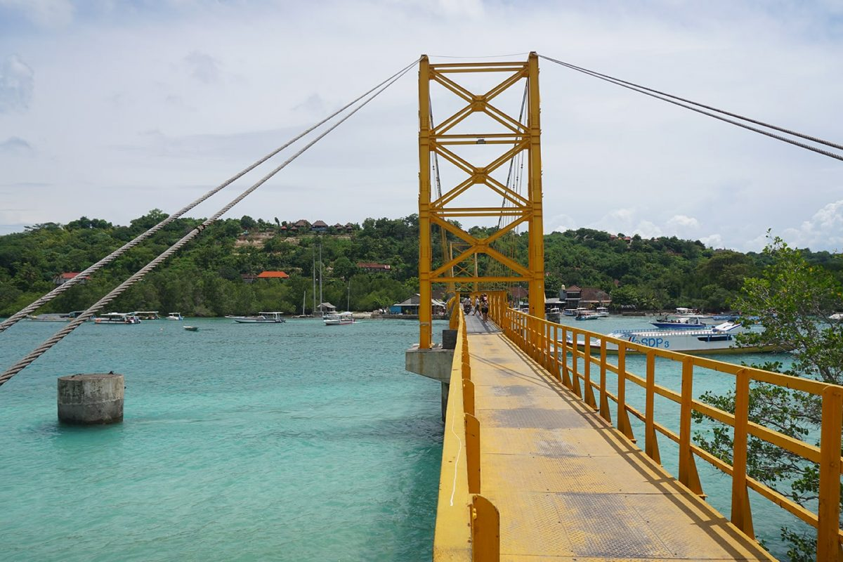 Yellow bridge Nusa islands - tips eilanden vlakbij Bali - vakantie Bali